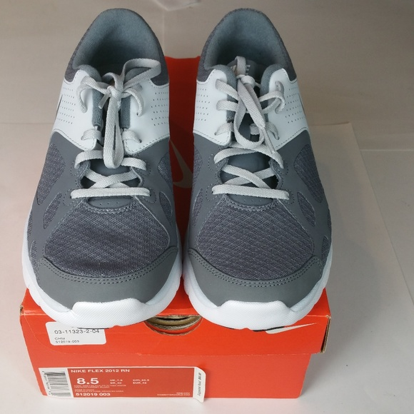 a1cd1b5cacdc Nike Flex 2012 RN Gray Black White Men s 8.5 NIB